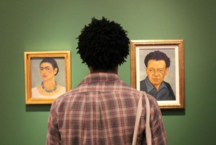 Me, Frida & Diego. Photo by Gustavo S. Requena